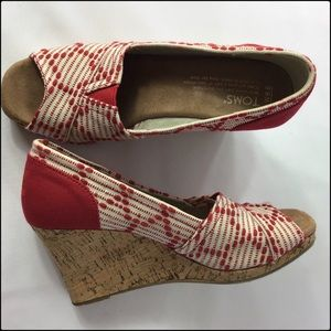 Toms 6.5W Wedges